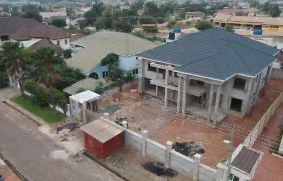 Executive Plush House For Sale – (Uncompleted)